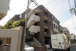 グランシャトレ駒込曙町の外観