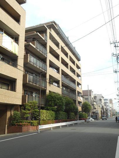 コスモ菊川壱番館の外観