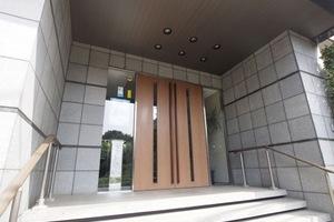 コスモ志村坂上パークビューのエントランス