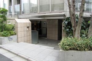 プラウドジェム渋谷神南のエントランス