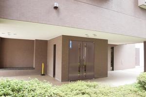グランパーク門前仲町ツインタワー弐番館のエントランス