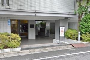 平井シティハウスのエントランス