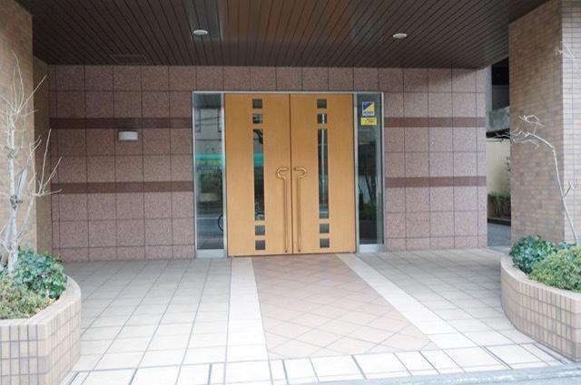ドゥメイン宮崎台のエントランス