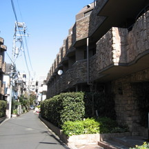 フェニックス芦花公園駅前壱番館