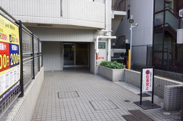 エクセル鶴見(横浜市)のエントランス