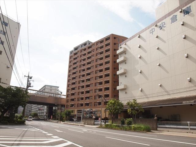 グランシティ東京イースト2の外観