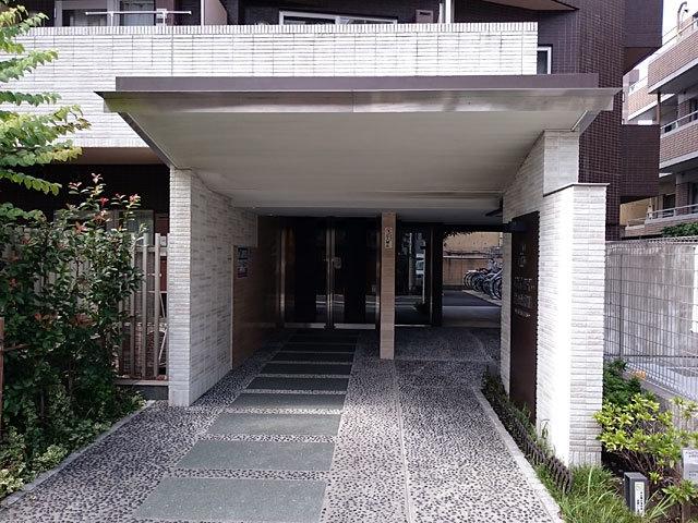 スカイコート蒲田壱番館のエントランス