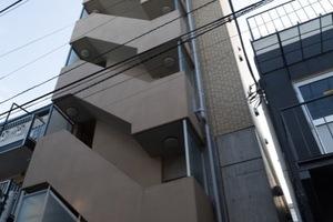 スカイコート駒沢大学の外観