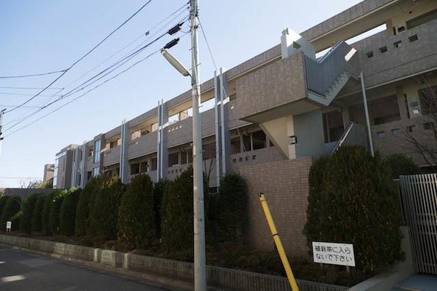 上北沢コートテラス(コートフロント・サウスフロント)の外観