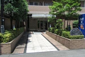 パークウェル西新宿2のエントランス