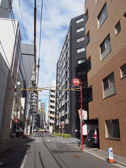 ベルドゥムール東京八丁堀の外観