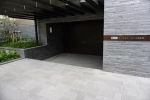オーベルアーバンツ神楽坂のエントランス