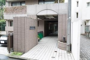 グランフォルム高円寺のエントランス