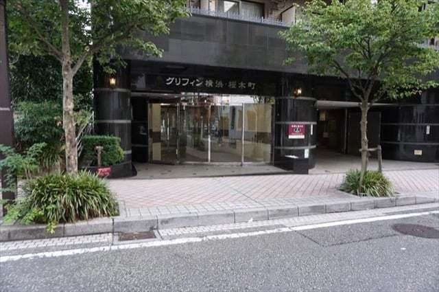 グリフィン横浜桜木町のエントランス