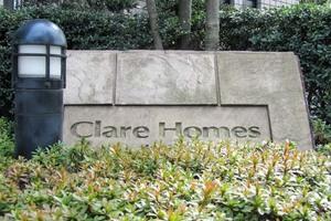 クレアホームズ神宮前の看板