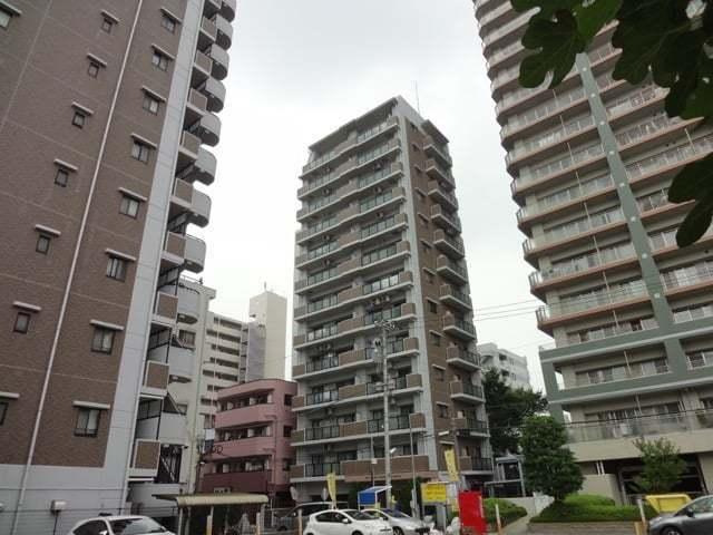 ライオンズマンション新小岩駅前弐番館の外観