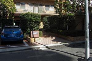 イトーピア渋谷桜ヶ丘のエントランス