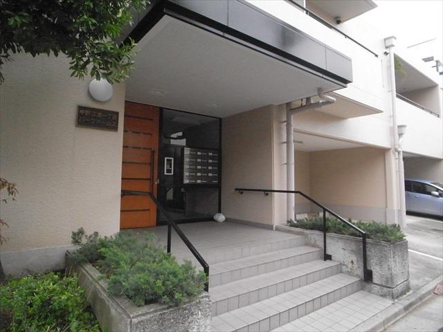 中野江原1丁目パークホームズのエントランス