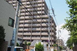 コスモシティ東京イーストの外観