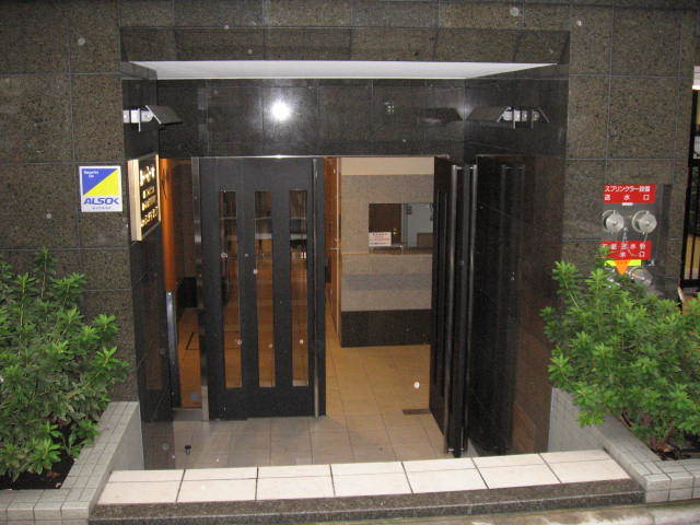 ドルチェ京橋壱番館のエントランス