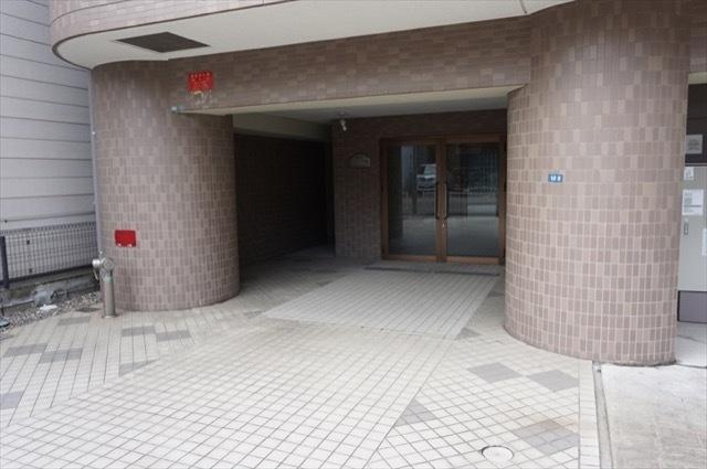 ファーストクラス戸部駅のエントランス