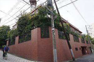 ドムス南麻布東館の外観
