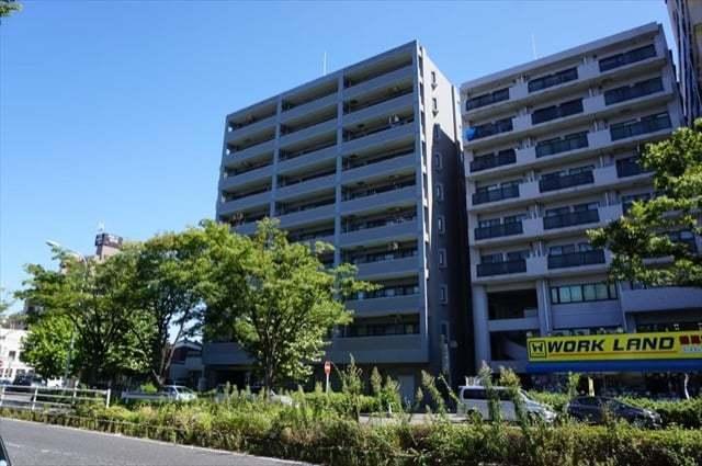 東急ドエル横浜鶴見の外観