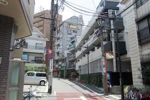 ステージファースト東新宿の外観