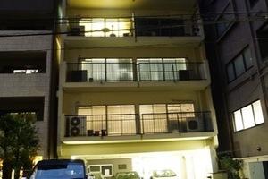 元赤坂マンションの外観
