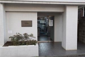 グリーンキャピタル駒沢のエントランス