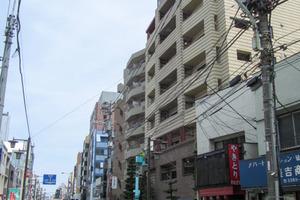 フィールE北新宿の外観