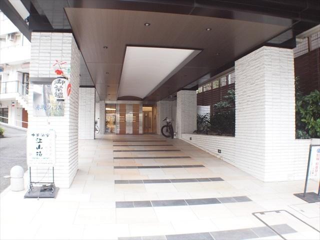 インペリアル赤坂フォラムのエントランス