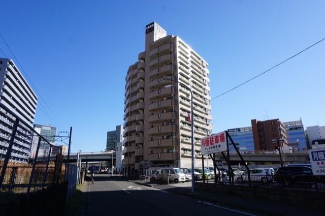 アールケープラザ新横浜の外観