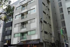 赤坂フローラビルの外観