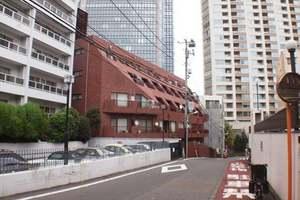 赤坂ナショナルコートの外観
