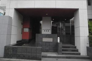グローイングコート中野江原町のエントランス
