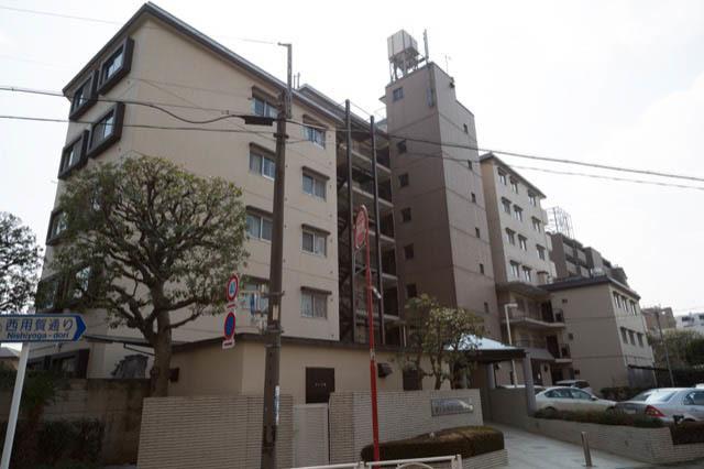 日商岩井第1玉川台マンションの外観