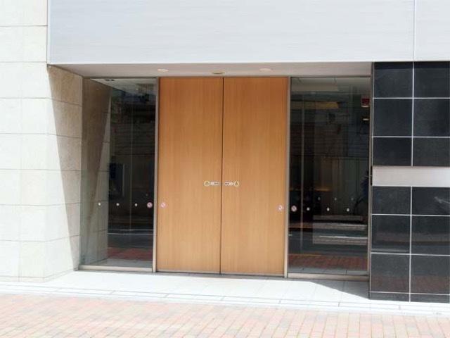 ザパークハウス上野浅草通りのエントランス