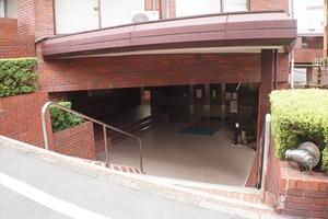 赤坂ナショナルコートのエントランス