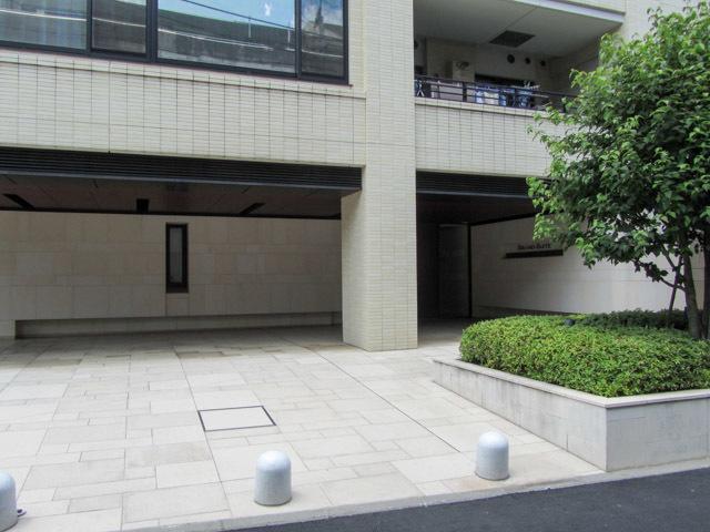グランスイート高田馬場四丁目のエントランス