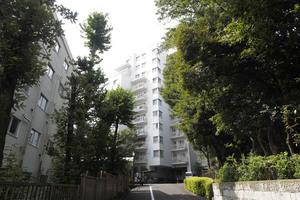 徳川マンションの外観