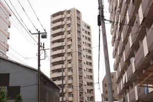 クレストフォルム亀戸ビュータワーの外観
