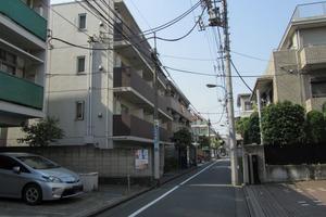 プレールドゥーク東新宿の外観