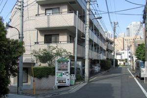 モアエミネンス西新宿の外観