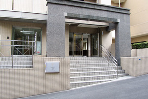 マイキャッスル渋谷JPのエントランス
