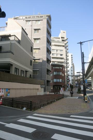 スカイコート渋谷初台の外観