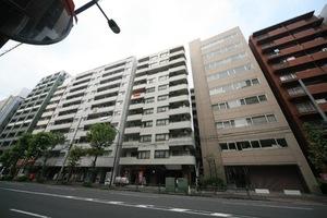 セブンスターマンション島津山の外観