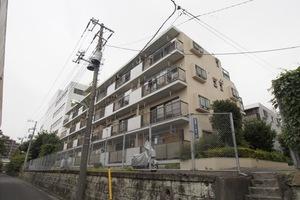 キャニオンマンション加賀町の外観