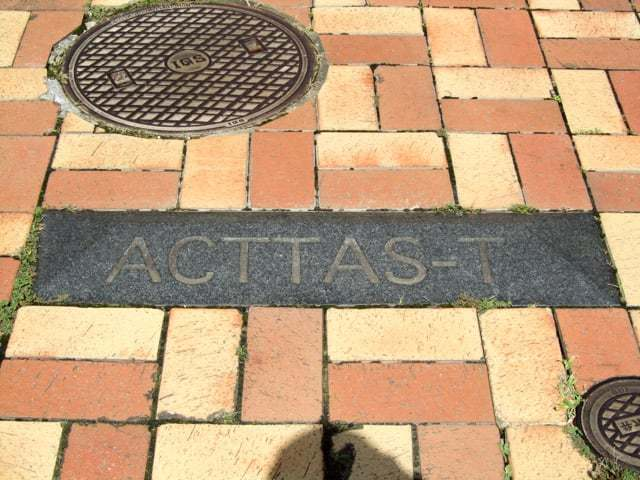 ACTTAS-TBの看板