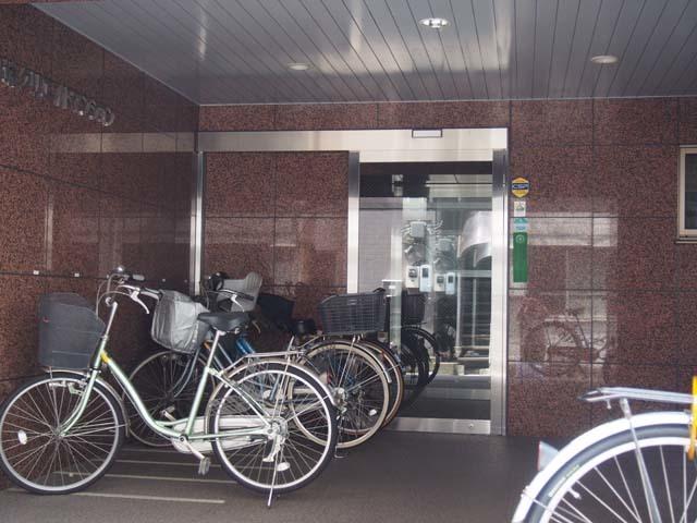 田端クリエイトマンションのエントランス